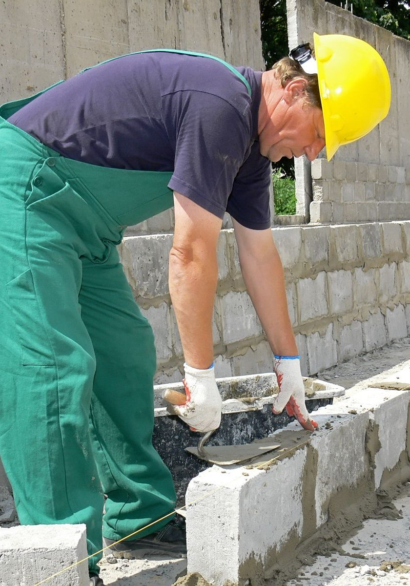 Bricklayer - wall